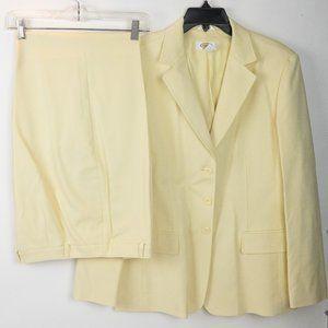 Talbots Cream Colored 2 Piece Pant Suit Size 14